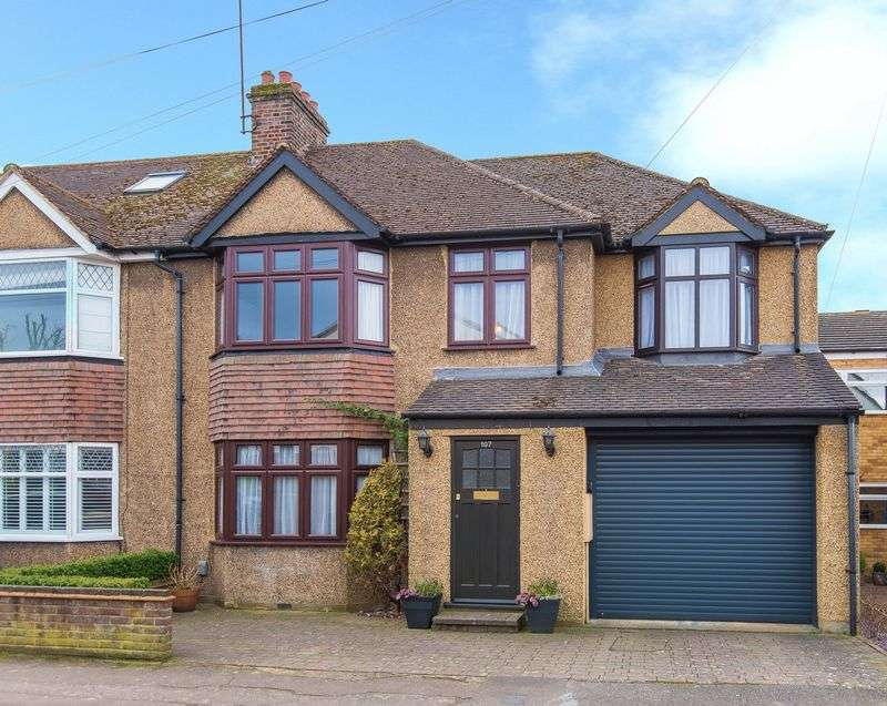 4 Bedrooms Semi Detached House for sale in Kingsland Road, Boxmoor