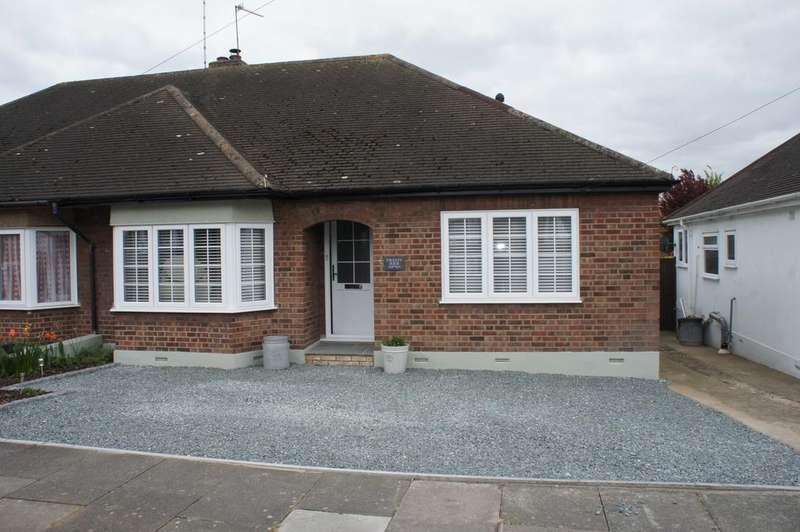2 Bedrooms Semi Detached Bungalow for sale in 24 Burfield Road