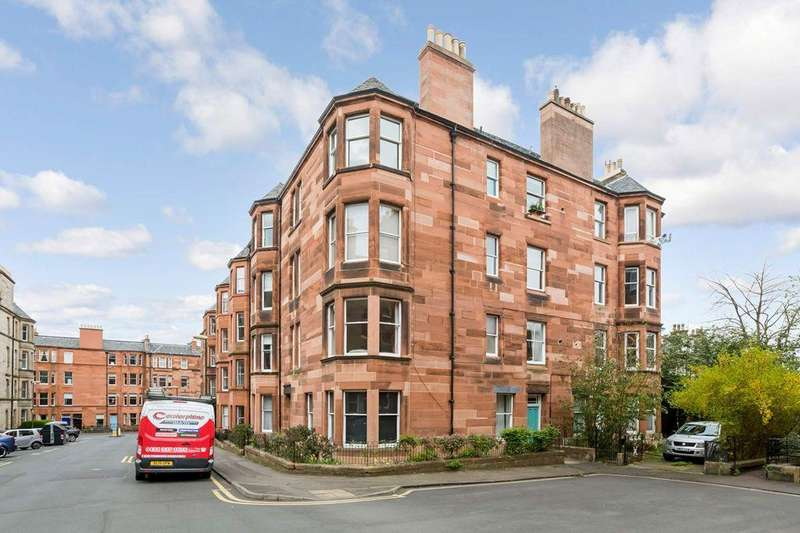 2 Bedrooms Flat for sale in 63/3 Montpelier Park, Bruntsfield, EH10 4ND
