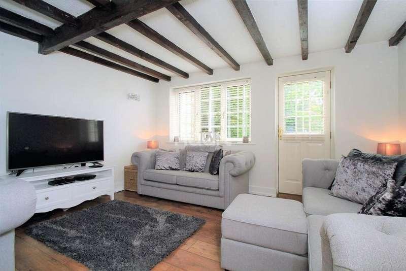 3 Bedrooms Semi Detached House for sale in Neatherd Road, Dereham