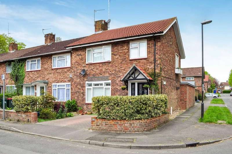 3 Bedrooms End Of Terrace House for sale in Town Mead, West Green