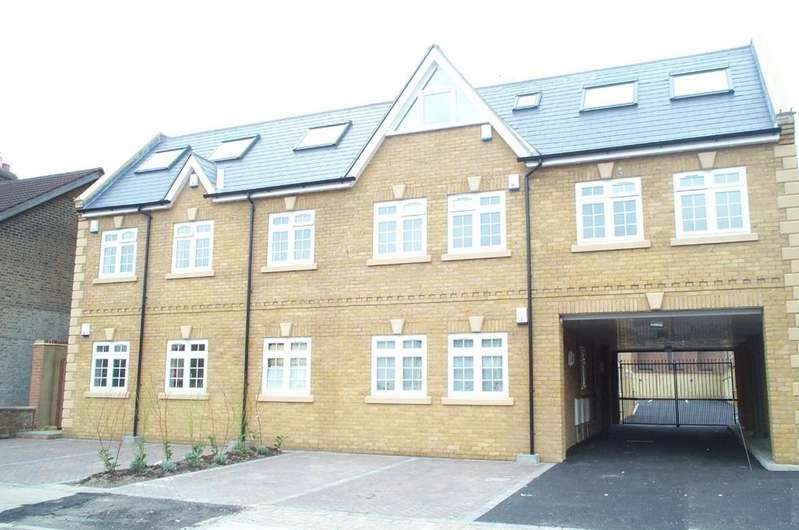 2 Bedrooms Flat for sale in Stanley Road BR2