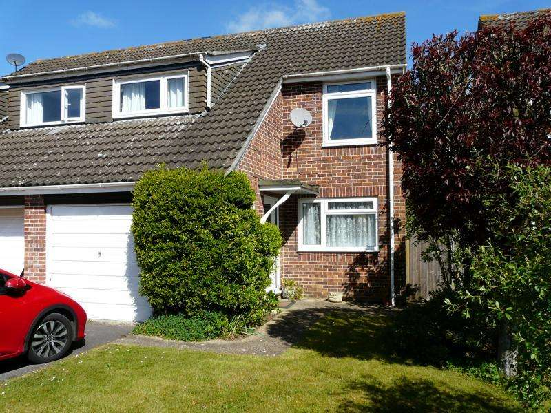 3 Bedrooms Semi Detached House for sale in De Montfort Grove, Hungerford