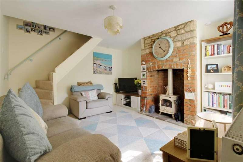 2 Bedrooms Cottage House for sale in Gloucester Road, Stonehouse, Gloucestershire