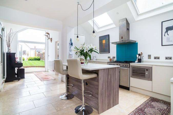 4 Bedrooms Terraced House for sale in Wootton Grove, Sherborne