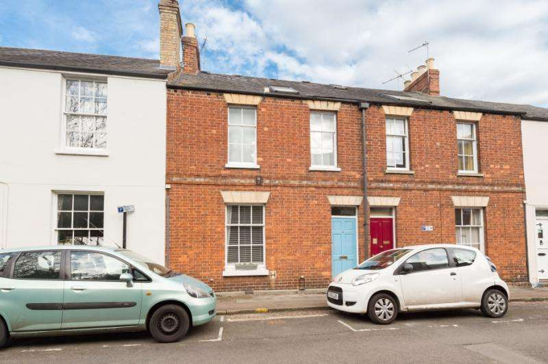 4 Bedrooms Terraced House for sale in West Street, Osney, Oxford