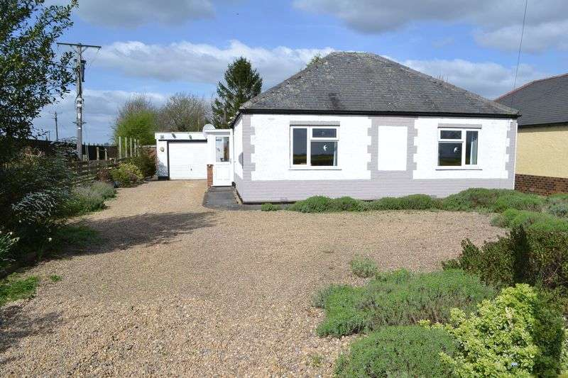 3 Bedrooms Detached Bungalow for sale in Ingham Road, Stow