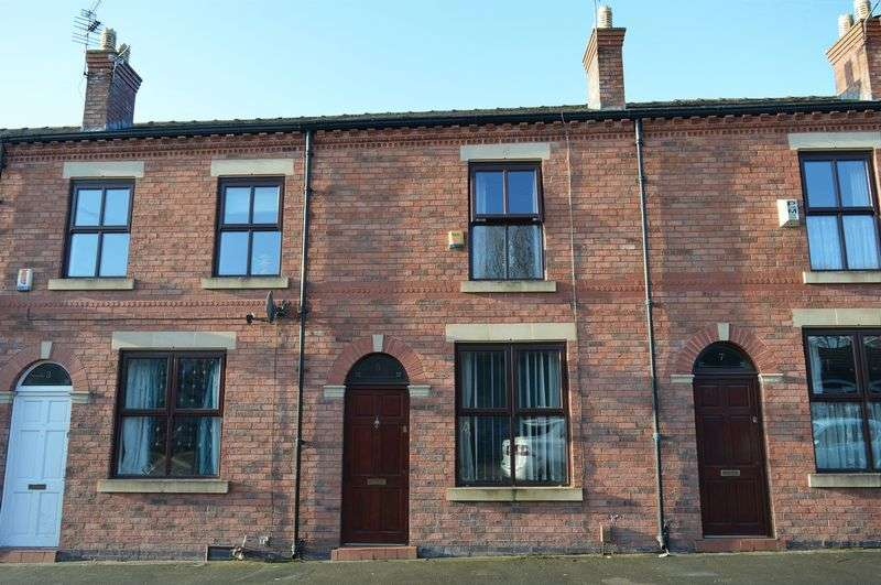 2 Bedrooms Terraced House for sale in Faith Street, Leigh, WN7 4TS