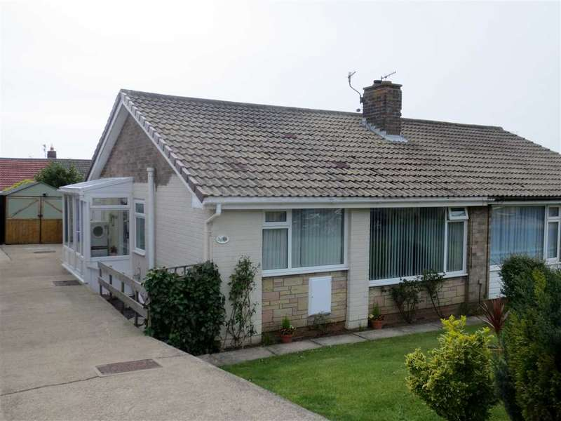 2 Bedrooms Bungalow for sale in Osgodby Crescent, Scarborough