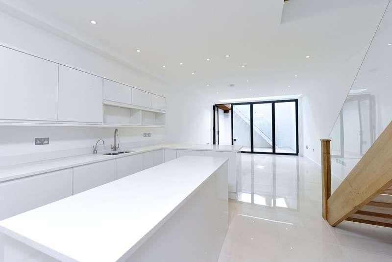 5 Bedrooms Terraced House for sale in Sisters Avenue, Battersea, London
