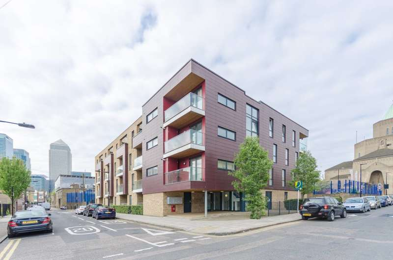 2 Bedrooms Flat for sale in Shepherd House, Poplar, E14