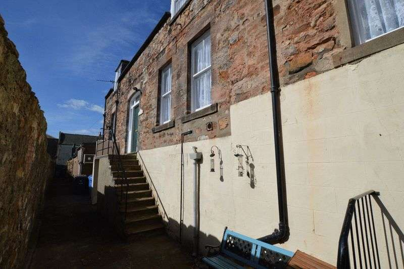 3 Bedrooms Flat for sale in 111b Marygate, Berwick-Upon-Tweed