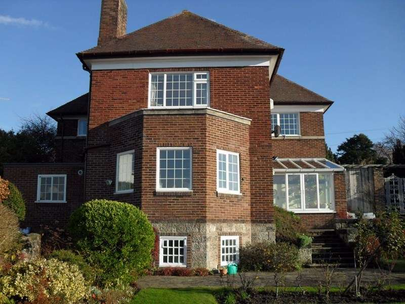 5 Bedrooms Detached House for sale in Abbey Road, West Kirby