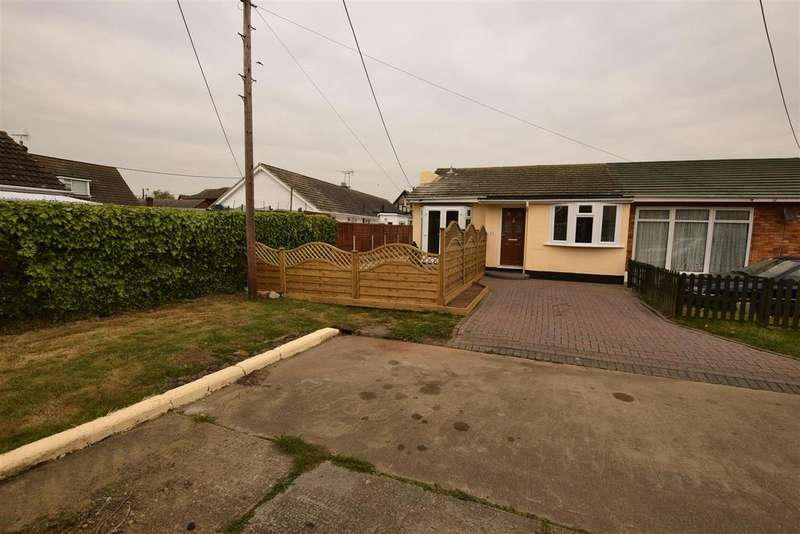 2 Bedrooms Semi Detached Bungalow for sale in Rayment Avenue, Canvey Island