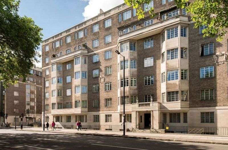 4 Bedrooms Flat for sale in Albion Gate, London- W2