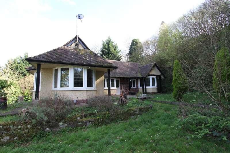 2 Bedrooms Detached Bungalow for sale in Caerleon Road, Newport
