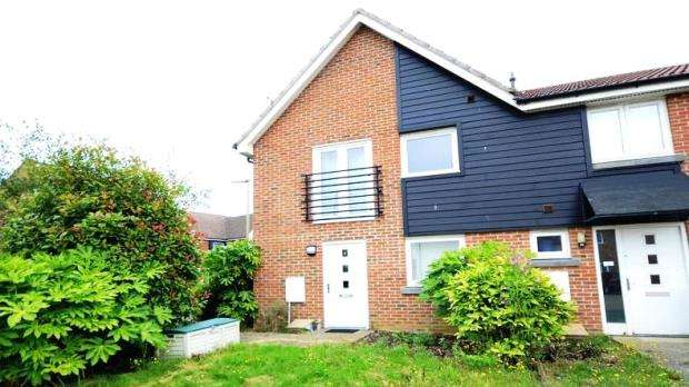1 Bedroom End Of Terrace House for sale in Hewitt Road, Basingstoke, Hampshire