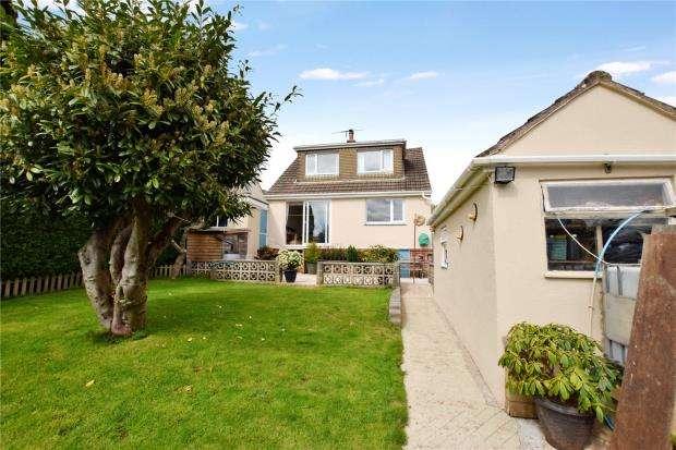 3 Bedrooms Detached Bungalow for sale in Borough Park Road, Paignton, Devon