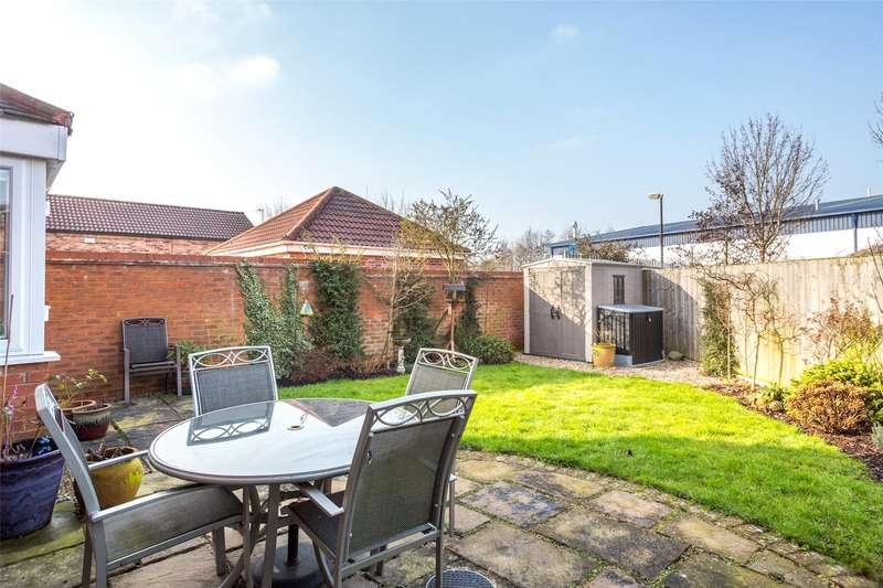 4 Bedrooms Detached House for sale in Thorntree Grove, York, North Yorkshire, YO30