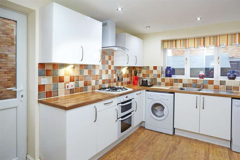 3 Bedrooms Detached House for sale in Tedder Road, York, YO24