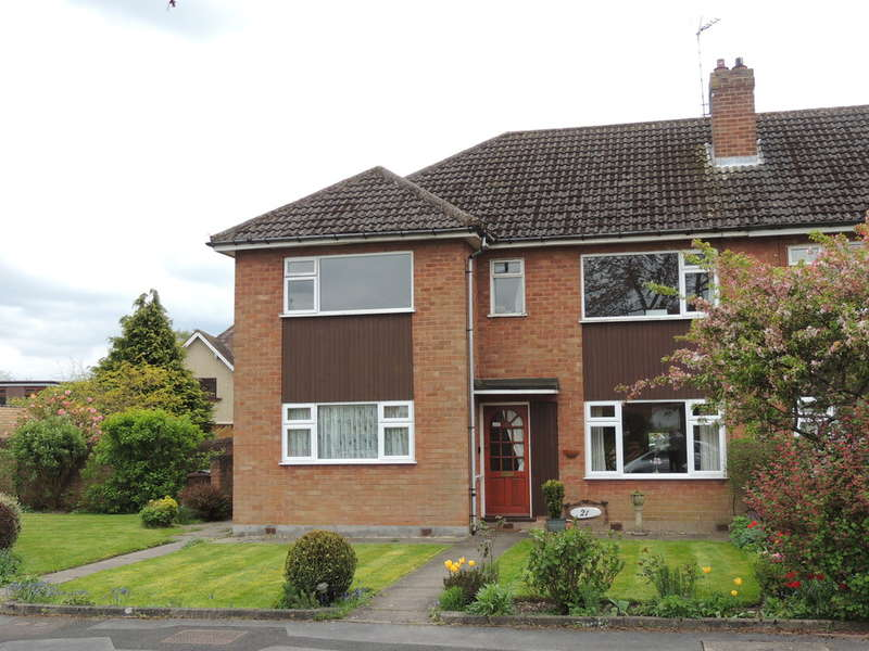 2 Bedrooms Ground Maisonette Flat for sale in Milton Close, Bentley Heath, Solihull