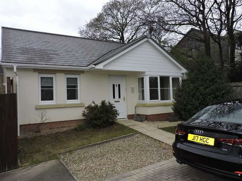 2 Bedrooms Property for sale in Clos Ael Y Bryn, Penygroes