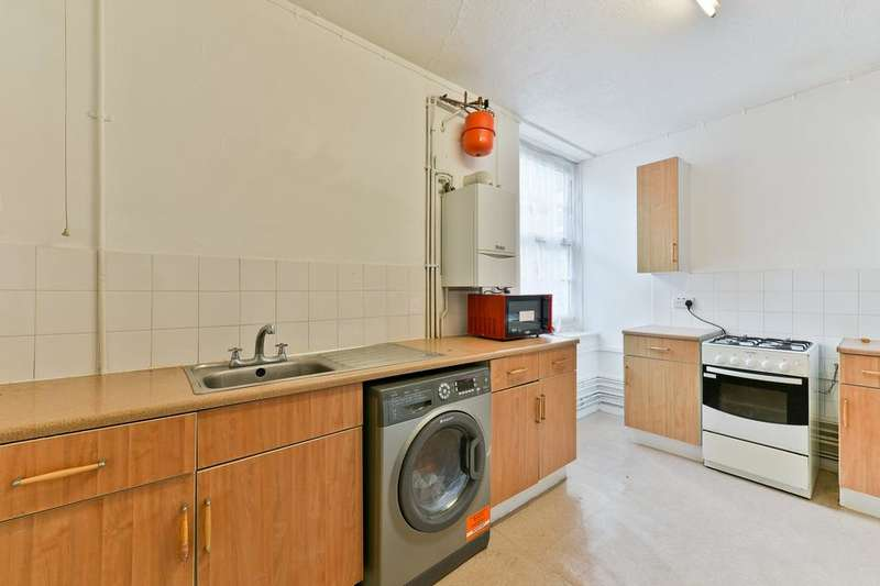 1 Bedroom Flat for sale in Prioress House, Bromley High Street, London E3