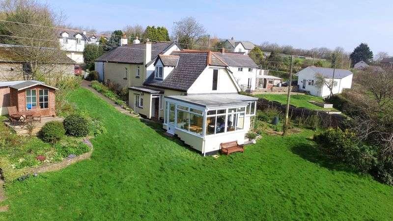 4 Bedrooms Semi Detached House for sale in Bickleton, Fremington