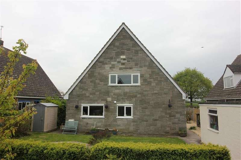 4 Bedrooms Detached House for sale in Gable Close, Easter Compton, South Gloucestershire