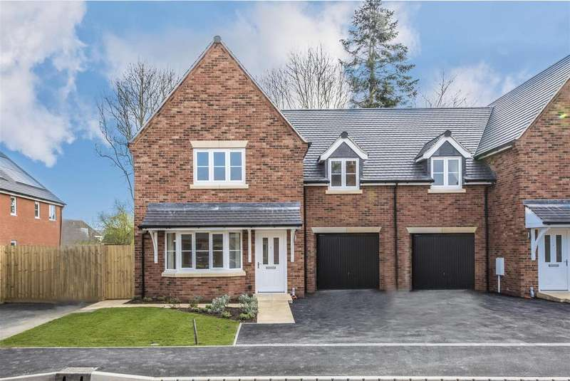 3 Bedrooms Semi Detached House for sale in Braybrooke Chase, Braybrooke
