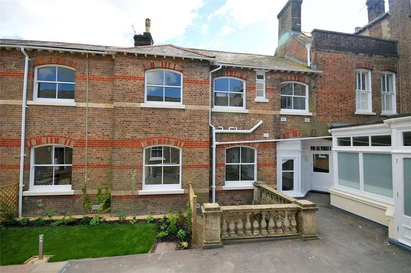 2 Bedrooms End Of Terrace House for sale in 58 - 60 High West Street, Dorchester, Dorset