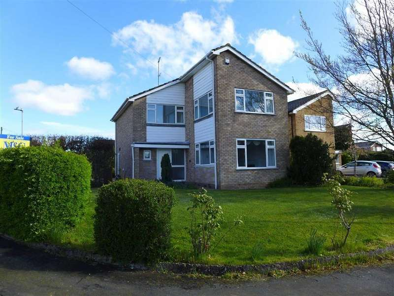 4 Bedrooms Detached House for sale in Penbrook Close, Woolstanwood, Crewe