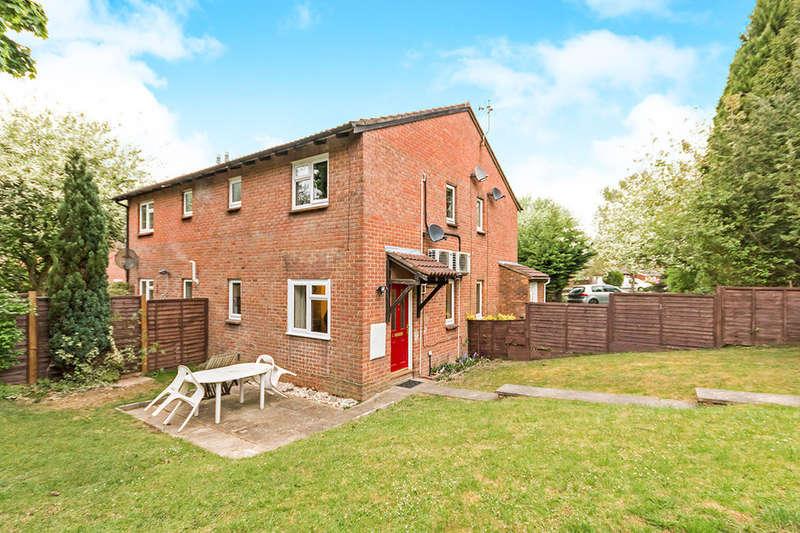 1 Bedroom Property for sale in Delibes Road, Basingstoke, RG22