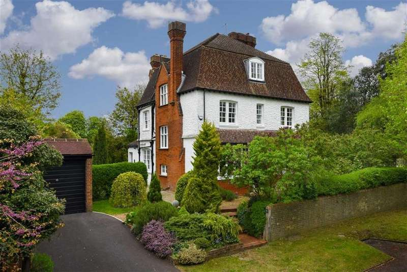 6 Bedrooms Detached House for sale in Downs Avenue, Epsom, Surrey