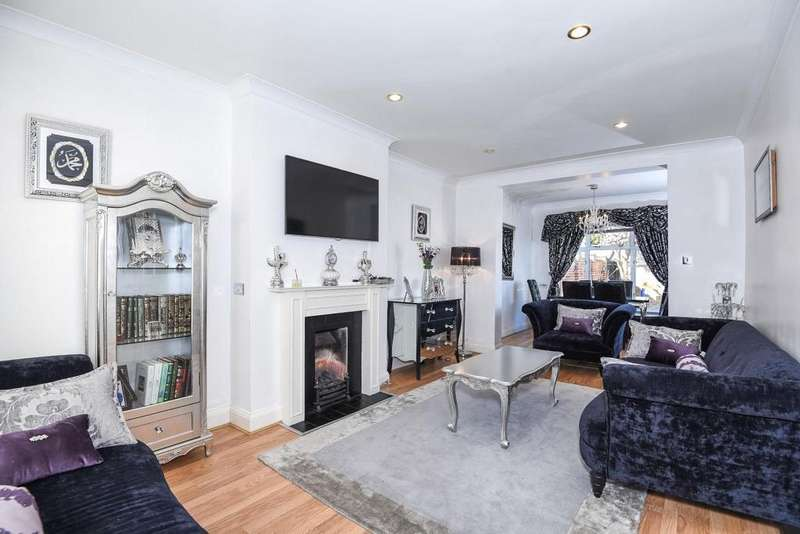 3 Bedrooms Semi Detached House for sale in Cantley Road, Hanwell, W7