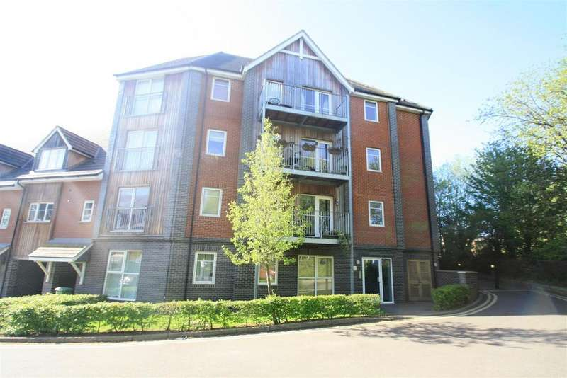 2 Bedrooms Apartment Flat for sale in Millward Drive, Bletchley, Milton Keynes