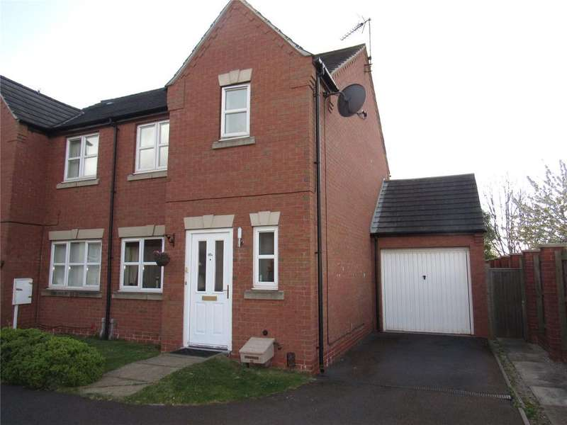 3 Bedrooms Semi Detached House for sale in Lawrence Avenue, Mansfield Woodhouse, Nottinghamshire, NG19