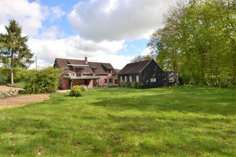 4 Bedrooms Detached House for sale in Weybread
