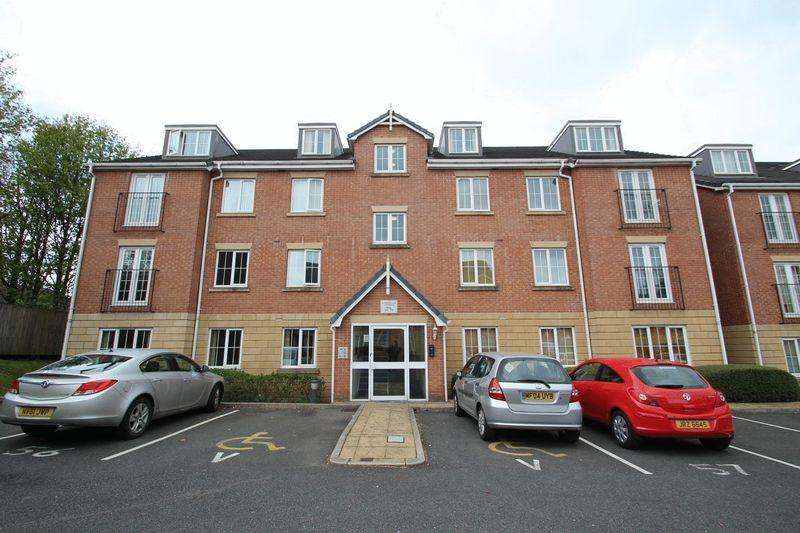 2 Bedrooms Apartment Flat for sale in Canberra Way, Balderstone, Rochdale OL11 2EL