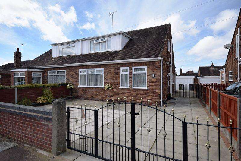 3 Bedrooms Bungalow for sale in Springfield Road, Widnes