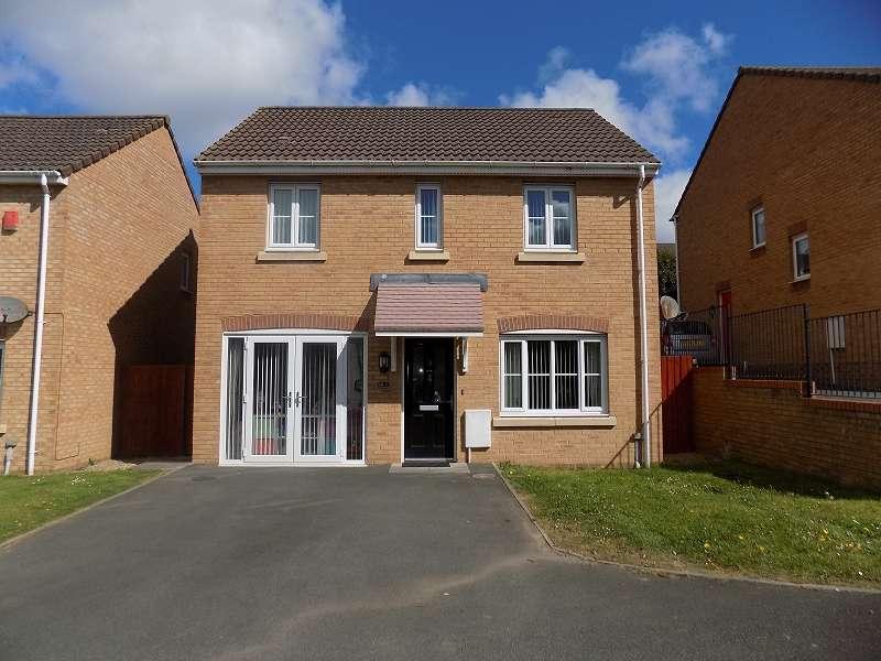 3 Bedrooms Detached House for sale in Plorin Road, North Cornelly, Bridgend. CF33 4PZ