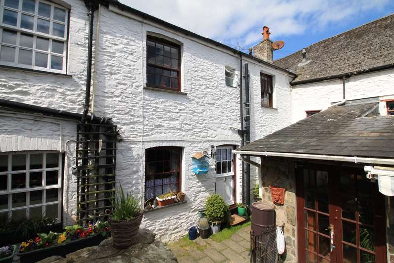 2 Bedrooms Terraced House for sale in West Looe