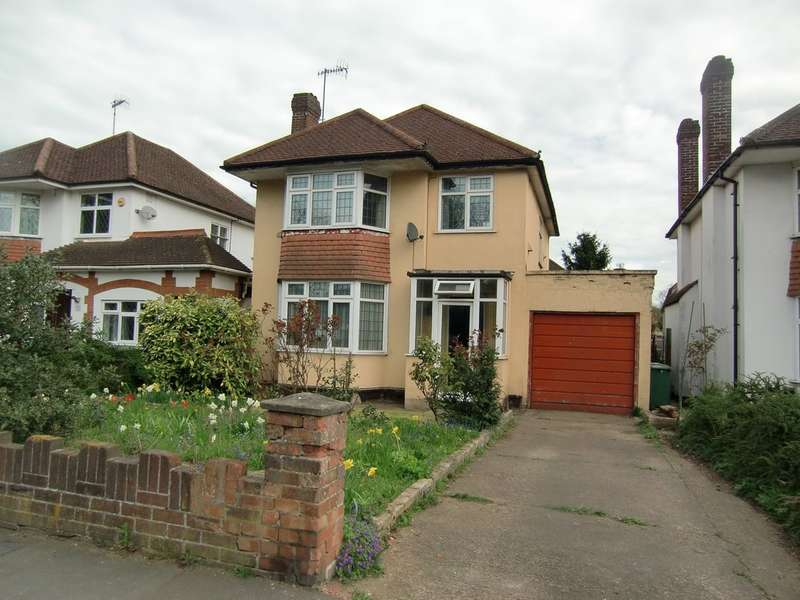 3 Bedrooms Detached House for sale in Colne Way, Watford