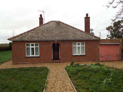 3 Bedrooms Bungalow for sale in Nordelph, Downham Market, Norfolk