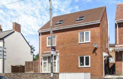 3 Bedrooms Maisonette Flat for sale in Taunton, Somerset
