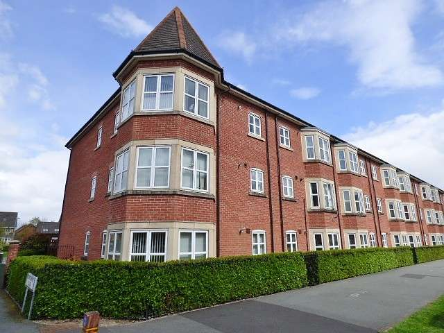 2 Bedrooms Flat for sale in Houston Gardens, Great Sankey, Warrington