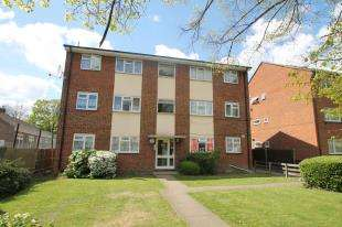 2 Bedrooms Flat for sale in Lodge Road, Croydon