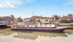 3 Bedrooms Mobile Home for sale in Standard Quay, Faversham, Kent