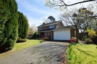 4 Bedrooms Detached House for sale in Springwood Road, Heathfield, East Sussex