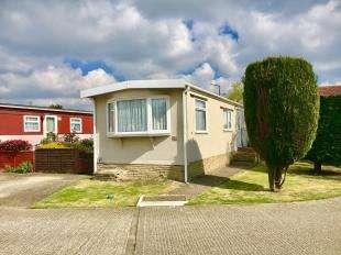 1 Bedroom Bungalow for sale in Aldingbourne Park, Hook Lane, Aldingbourne, Chichester